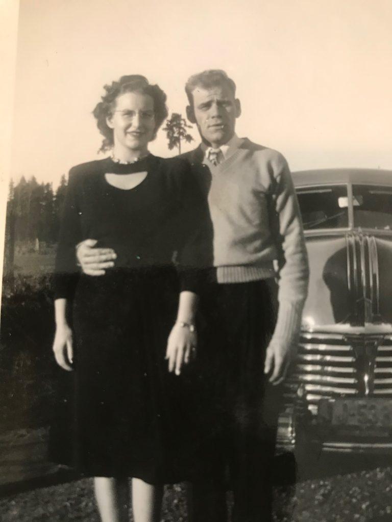 Ella & Art, Susan's parents